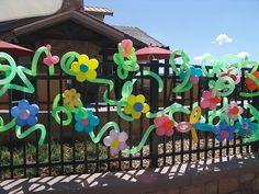 Google Image Result for http://www.balloons-denver.com/wp-content/uploads/2009/07/Twisted-Balloon-Flowers1.jpg