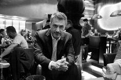 """""""Σε εποχές που οι άνθρωποι παθιάζονται με το χρήμα, είναι δύσκολο να εξηγήσεις τι ακριβώς είναι το πάθος"""" ~Δημήτρης Στεφανάκης"""