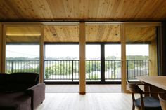 緑と青空が似合う、プロヴァンスの可愛い家 施工事例 浜松、名古屋で一戸建てを建てるならアイジースタイルハウス The Voice, Windows, Ramen, Window