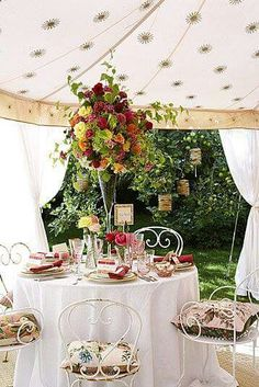 Gorgeous ~ by ana rosa bridal shower. Outdoor Tea Parties, Garden Parties, Afternoon Tea Parties, Al Fresco Dining, My Tea, High Tea, Outdoor Dining, Outdoor Spaces, Just In Case