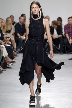 Proenza Schouler Spring 2017 Ready-to-Wear Fashion Show - Marine Deleeuw
