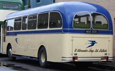 Image from https://upload.wikimedia.org/wikipedia/commons/0/06/Alexander_Fife_(Bluebird)_coach_PD177_(WSK_509),_2009_Glasgow_Vintage_Vehicle_Trust_open_day_(1).jpg.