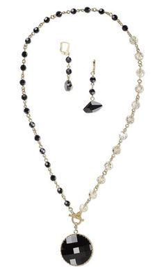 Single-Strand Necklace and Earring Set with SWAROVSKI ELEMENTS and Gold-Plated Findings