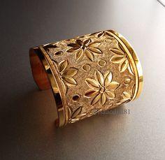 Isaac Dial Jewelry. 22K gold bracelet 14k Bracelet, Diamond Bracelets, Bangle Bracelets, Bangles, Metal Jewelry, Antique Jewelry, American Indian Jewelry, Silver Diamonds, Jewelry Design