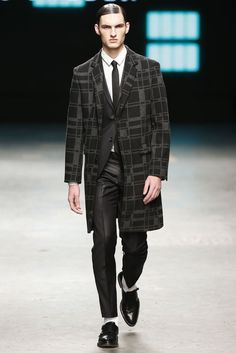 Tiger of Sweden Men's RTW Fall 2015 - Slideshow - Runway, Fashion Week, Fashion Shows, Reviews and Fashion Images - WWD.com