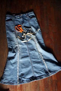 DIY denim skirt...love all the blogs I'm finding....