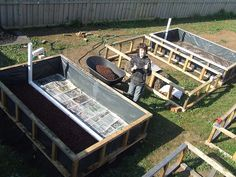 Fraser and the Wicking Beds for 101010 Our day of making a rotating veggie garden. This was on 10 10 day of practical climate action. Veg Garden, Vegetable Garden Design, Potager Garden, Gutter Garden, Building A Raised Garden, Raised Garden Beds, Raised Beds, Wicking Garden Bed, Wicking Beds