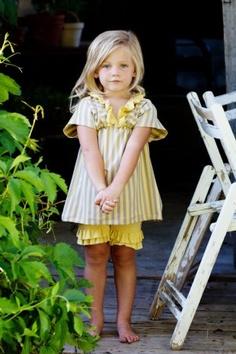 Sunny Tunic & Double Ruffel Short Set