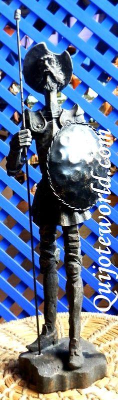 Figuras Don Quijote de la Mancha, figuras de resina para la decoración de interiores. Piezas únicas hechas a mano, figuras para decorar, artesanía irrepetible. Traídas directamente de la imaginación de nuestros artesanos. Puedes ver nuestro catalogo en: http://www.quijoteworld.com/quijote-decoraci%C3%B3n-tienda/figuras-medianas-decoraci%C3%B3n/resina/ O visitanos en: www.quijoteworld.com