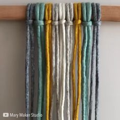 Newest Totally Free Macrame art Tips If you've already identified our new macramé collection and you are absolutely hooked about this Macrame Design, Macrame Art, Macrame Projects, Macrame Knots, Yarn Projects, Macrame Bracelets, Sewing Projects, Rope Crafts, Diy Crafts Hacks