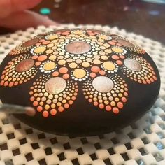Garden ornaments - heart mandala on ceramic f - flowers nature ideas - Mandala Ideen - Garden ornaments – heart mandala on ceramic f / ornaments - Dot Painting Tools, Rock Painting Patterns, Dot Art Painting, Rock Painting Designs, Mandala Painting, Pebble Painting, Stone Painting, Pattern Painting, Paint Patterns
