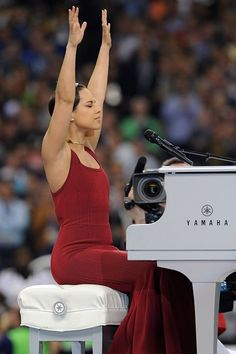 Alicia Keys stuns while singing the National Anthem at the 2013 Super Bowl.