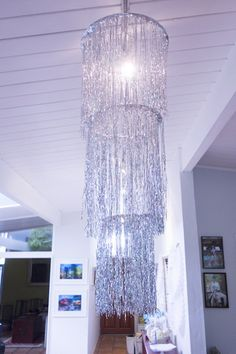 Silver icicle light decoration