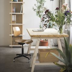 Stół Stemke łączy w sobie urok minimalistycznego designu ze szlachetną ideą…