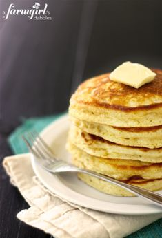 my family's favorite buttermilk pancakes - a farmgirl's dabbles