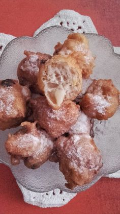 Oliebollen, a holland fánk Pretzel Bites, Holland, French Toast, Lime, Bread, Breakfast, Food, The Nederlands, Morning Coffee