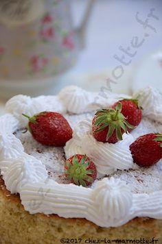 Victoria Sponge Cake (1000ème publication) – Marmotte cuisine !