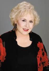 Doris Roberts 1925-2016 Moonlighting, Everybofy Loves Raymond, Hallmark Channel movies  I just lived her!