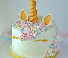tort jednorożec, unicorn cake, tort dla dziecka, tort z rogami i uszami, tort urodzinowy, krem oreo, mus wiśniowy, tort z grzywą, Oreo, Birthday Cake, Food, Pastries, Birthday Cakes, Meal, Essen, Hoods, Meals