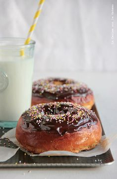 Love donuts as much as us? Some of the best recipes (ever) right here >> http://dropdeadgorgeousdaily.com/2013/11/hole-y-treats-donut-recipe-every-mood/