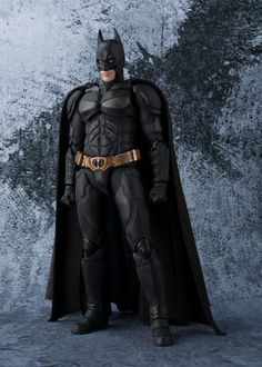 S.H.Figuarts Batman (The Dark Knight) starts preorder. Bendable cloth attached! Now with 10% off, view here: http://www.blacknovatoys.com/s-h-figuarts-batman-the-dark-knight.html?utm_content=buffer58f39&utm_medium=social&utm_source=twitter.com&utm_campaign=buffer #batman