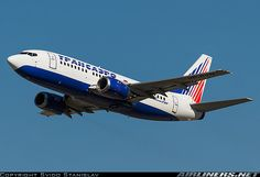 Boeing 737-524 aircraft picture