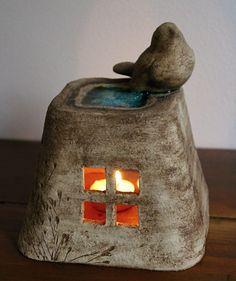 Ceramic Birds, Ceramic Teapots, Ceramic Pottery, Ceramic Art, Paper Mache Crafts, Clay Crafts, Clay Projects, Ceramic Oil Burner, Pottery Lessons