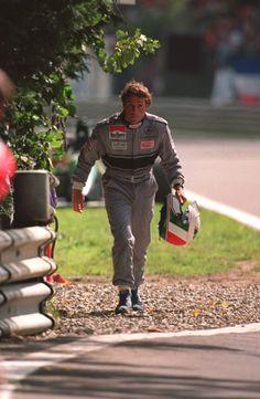 Andrea de Cesaris morreu, neste domingo (5), aos 55 anos na Itália