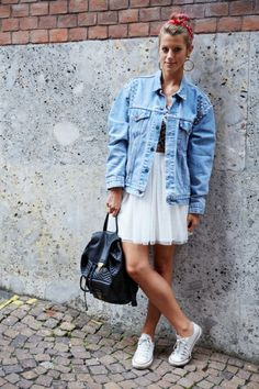 converse and tule skirt