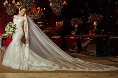 Casamento Patrícia e Caio #novia #bride #brideoftheday Acesse http://noivadeevase.com/casamentos-reais-patricia-e-caio/