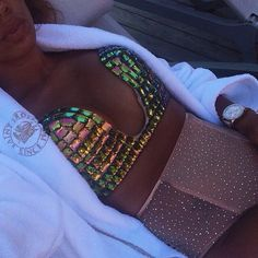 perfection  her skin color <3