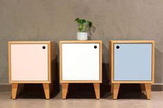 Blomes un estudio de diseño chileno dedicado a la fabricación de mueblesque buscan rescatar la calidez y la nobleza de la madera. Nace hace unos10...