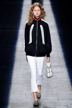 Alexander Wang at New York Fashion Week Spring 2016 - Livingly