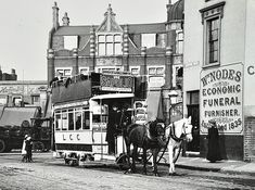 Horse-drawn tram, 1910