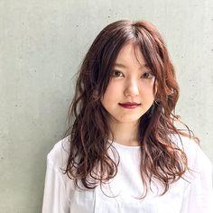 hair/寝ぐせ風ウェーブ/センターわけ/無防備感/ピンクブラウン