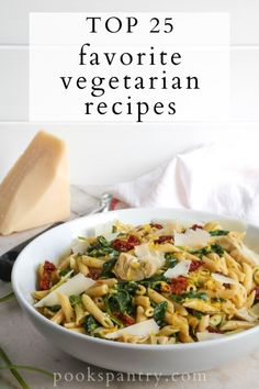 Whether you already eat a vegetarian diet, or you are trying to eat a little less meat, you'll find vegetarian recipes here that are hearty and delicious.  #vegetarianrecipes #vegetarianfood #vegetarianmeals #vegetariandinners Vegetarian Soup, Vegetarian Recipes Dinner, Lunch Recipes, Pasta Recipes, Pasta Sauces, Easy Weeknight Dinners, Easy Healthy Dinners, Easy Healthy Recipes, Roasted Vegetable Pasta