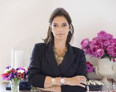(Courtesy of Oscar de la Renta Home) Don't you just love hearing about good people going to good places? Here's a particularly inspiring bit of news for a Friday afternoon: Textile designer Carolina Irving, a longtime Lonny favorite, is the new creative director of Oscar de la Renta Home. Irving succeeds interior designer Miles Redd after his storied 10-year run in the position