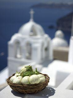 VISIT GREECE| White aubergine from Santorini