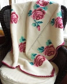 Reserved for alaceygirl Vintage crochet blanket afghan throw Manta Crochet, Tunisian Crochet, Crochet Stitches, Crochet Blanket Patterns, Cross Stitch Patterns, Crochet For Beginners, Granny Squares, Vintage Crochet, Double Crochet