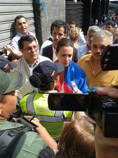 Más temprano, momento en el que María Corina Machado llegó a la esquina de Pajaritos #Caracas 1A