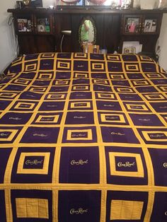 Bag Patterns To Sew, Quilt Block Patterns, Pattern Blocks, Quilt Blocks, Crown Royal Quilt, Crown Royal Bags, Scrappy Quilts, Baby Quilts, Blanket Design