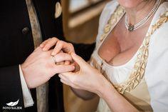 Hochzeit Zell am See und Hinterhag– Ricki & Anatol - Foto Sulzer Blog Zell Am See, Blog, Chain, Jewelry, Fashion, Engagement, Jewlery, Moda, Jewels