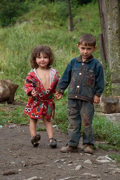 Roma children, Ukraine