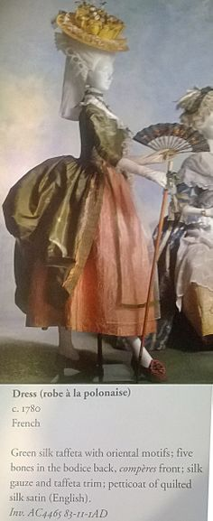 1780, Ranska. Poloneesipuku.