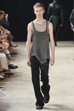 Ann Demeulemeester Spring 2018 Menswear Fashion Show Collection