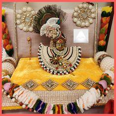 Janmashtami Decoration, Laddu Gopal Dresses, Bal Gopal, Ladoo Gopal, Krishna, God, Videos, Youtube, Image
