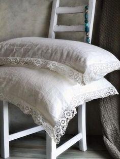 almohadones con puntillas para la cama