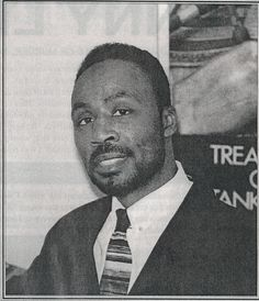 Bennie Lee was a leader of the Conservative Vice Lord Nation in the and When a riot broke out in Pontiac Prison in 1979 where Bennie was incarcerated, he and other gang chiefs were indicted for 15 counts of murder. He spent three years on dea Chicago Gangs, Chicago Street, Chicago City, Gangsters, Vice Lords, Harlem, Real Gangster, Life Of Crime, History Projects
