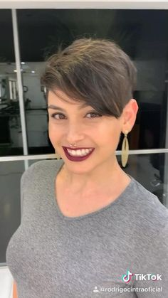 Pixie Hairstyles 306244843414893878 - Source by kykers Princess Leia Wig, Short Afro Wigs, Short Hair Designs, Cool Short Hairstyles, Diy Hairstyles, Short Pixie Hairstyles, Pixie Haircut Thin Hair, Undercut Pixie Haircut, Best Short Haircuts