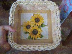 ZAVÍRKA MIRAHELKA – pletynek – album na Rajčeti Paper Weaving, Photo Wall, Tray, Home Decor, Apples, Baskets, Craft, Hampers, Photograph